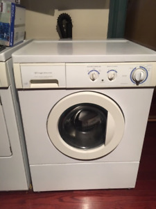 Heavy duty Frigidaire Washer - in Port Hope