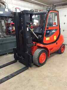 LINDE H45 600 04 8800lb forklift that is in GREAT CONDITION!