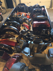 VARIOUS USED PAINTED PARTS