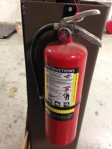 10 LB Badger Advantage ABC Dry Chemical Fire Extinguisher