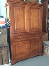 Fanuli rosewood TV and stereo cabinet in perfect condition Avalon Pittwater Area Preview