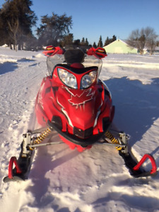 One of a kind f7 Canadian edtion arctic Cat