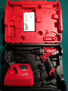 Milwaukee M12 Fuel Hammer drill/driver