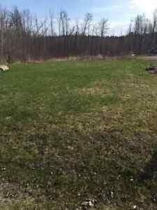 VACANT WATERFRONT LOT ON FRENCH RIVER