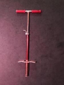 Pogo stick (tige sauteuse)