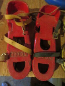 Weider Diver's Caast Iron red weight shoes with leather straps