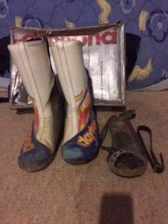 Daytona Speedway boots with steel shoe