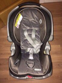 Graco Snugride 35 Baby Car Seat
