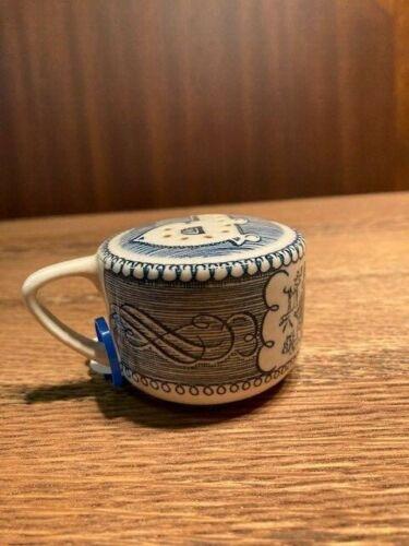 ceramic pepper shaker
