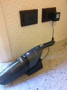 Hand held vacuum cleaner Palmyra Melville Area Preview