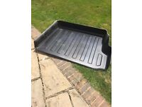 Landcruiser Amazon boot liner in black plastic