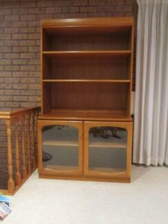 CABINET AND HUTCH - BERRYMAN Sylvania Sutherland Area Preview