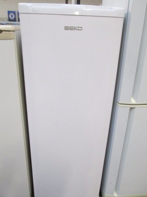 *BEKO THREE QUARTER FRIDGE ONLY+VERY CLEAN+1 MONTH WARRANTY+FREE DELIVERY LOCAL+