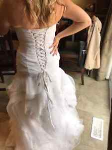 Brand new size 12 and 14 wedding gowns  Kitchener / Waterloo Kitchener Area image 4