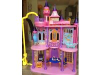 DISNEY PRINCESS DELUXE CASTLE
