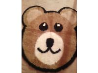 Kid's Teddy Bear Rug (Brown/White/Black in Excellent Condition)