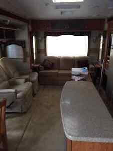 2008 Topaz 34 ft 5th wheel