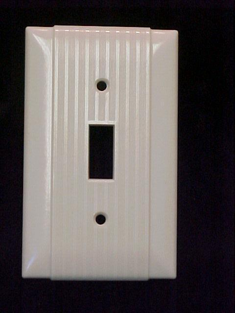 NOS Hubbell Ribbed Switch Plate Cover Toggle Light Switch Ivory Color