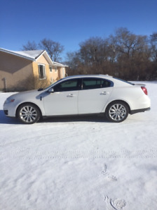 2010 Lincoln MKS AWD