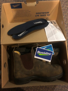 Rustic Brown Blundstone's-Mens Size 7.5 UK / 9 US-New With Tags