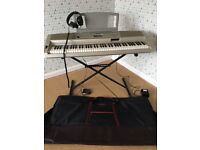 Yamaha DGX-300 Portable Grand Piano - Electric Keyboard