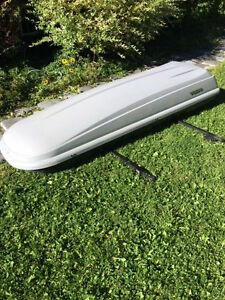 ROOF CARGO BOX- Volvo Make - made by Thule (locking device)