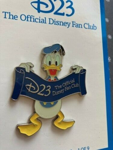 Disney D23 Expo 2011 Donald Duck Holding D23 Banner Pin LE 500