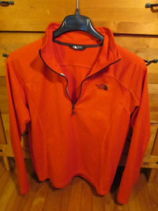 Polos, chandails, chemises/Shirts, polos, sweater
