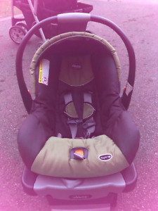 Chico Keyfit 30 Infant Car Seat and Base