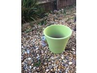 Small Garden Pot/Planter - lovely Mothers Day Gift