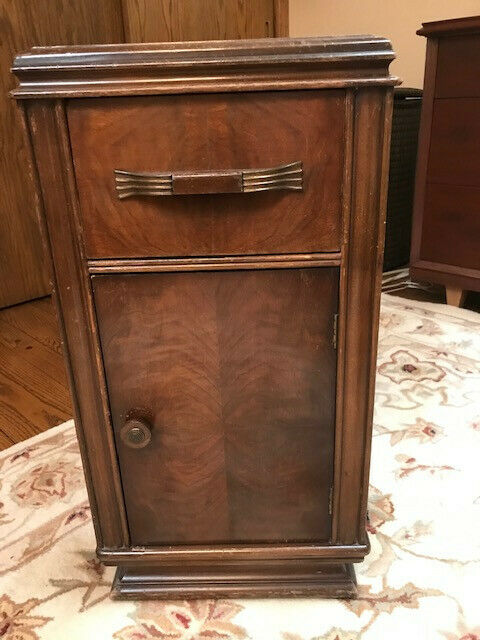 ANTIQUE: Vintage 1939s Art Deco Flat top Waterfall Nightstand.