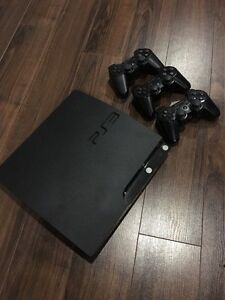 SELLING PERFECT CONDITION PS3 + 3 CONTROLLERS + 8 GAMES
