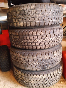195 65 R15 Arctic Claw snow tires TSI Mud and Snow