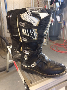 Gaerne SG10 Motocross Boots Mens size 11 - Peace River, Ab