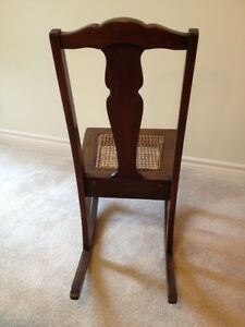Antique Nursing Rocker Stratford Kitchener Area image 4