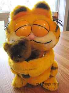 Garfield the Cat Hugging Teddy 1980's Stuffie 12 inch