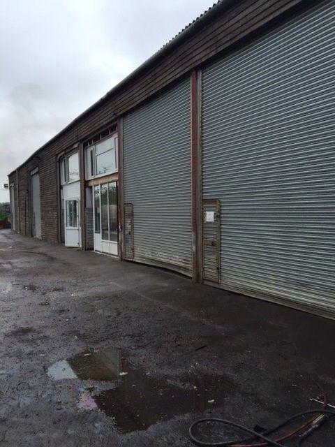 Secure workshop to rent