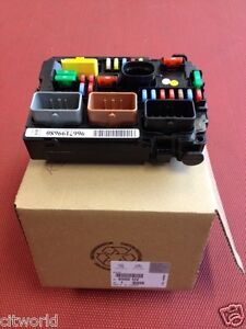 fuse box in citroen c1 genuine citroen under bonnet fuse box c2/ds3/c3 picasso/c3 ...