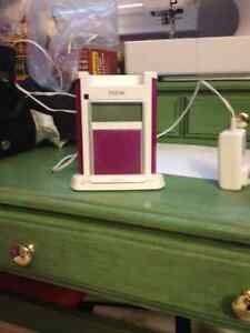 Pink ihome iH4 Alarm clock and iPhone/iPod charger
