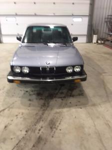 1985 BMW 5-Series Coupe (2 door)