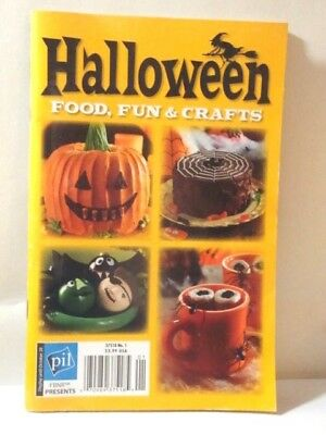 VINTAGE Fbnr HALLOWEEN Holiday FRIGHTFULLY Fun Food Crafts Booklet EASY RECIPES - Vintage Halloween Recipes