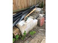 Building material: Bricks, Siporex blocks, Cement blocks, Slate sheets, etc for Free
