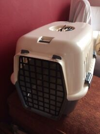 MINT CONDITION PET/ANIMAL CARRIER