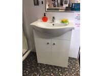 650 White Vanity Unit with Sink Basin Handles with tap Brand New