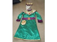 Nativity play Kings Costume size 5-7 TU