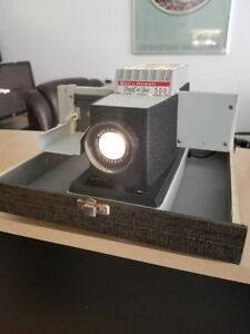 Bell & Howell 500 Slide Projector