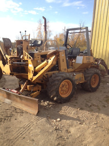 Case 860 Backhoe Trencher