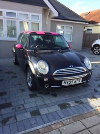 2005 Mini One, colour coded pink. Ideal girly car.