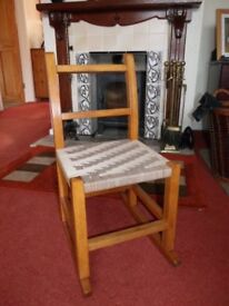 Children's Vintage Rocking Chair – Also suitable for Doll or Teddy
