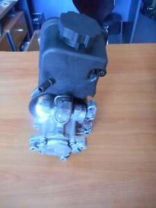MERCEDES BENZ ML W163 SERIES POWER STEERING PUMP Southport Gold Coast City Preview